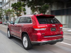 Ver foto 2 de Jeep Grand Cherokee 4x4 Eco Diesel Summit 2013