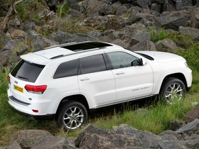 Ver foto 3 de Jeep Grand Cherokee Summit WK2 UK 2013