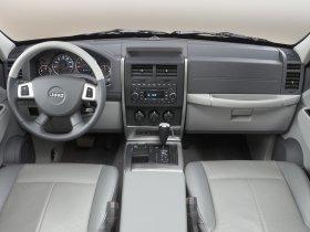 Ver foto 8 de Jeep Liberty 2008