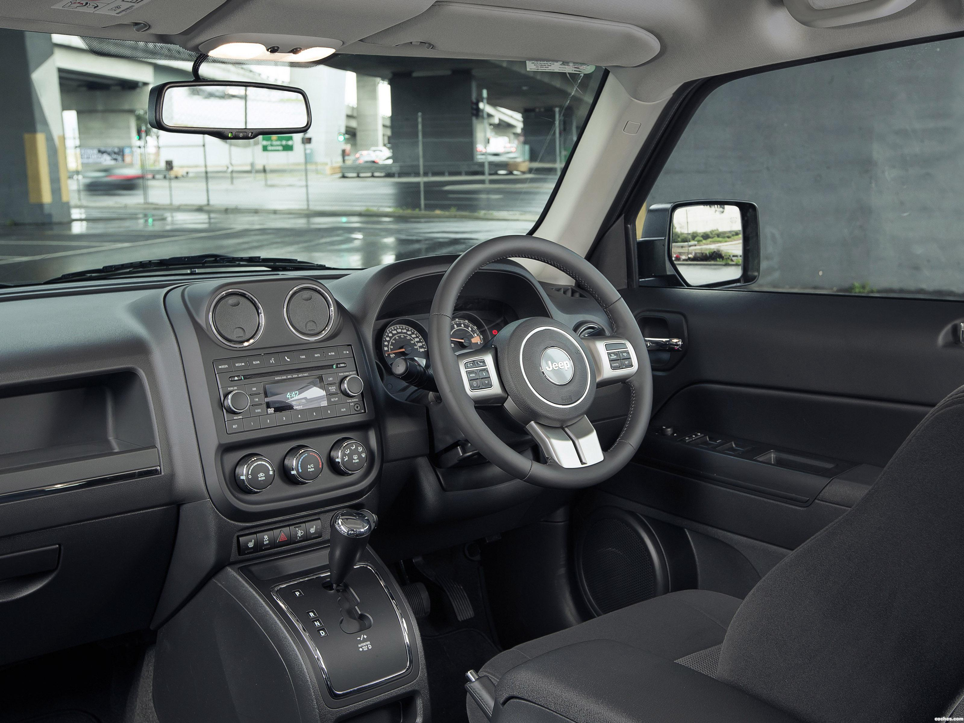 Foto 15 de Jeep Patriot Blackhawk 2015