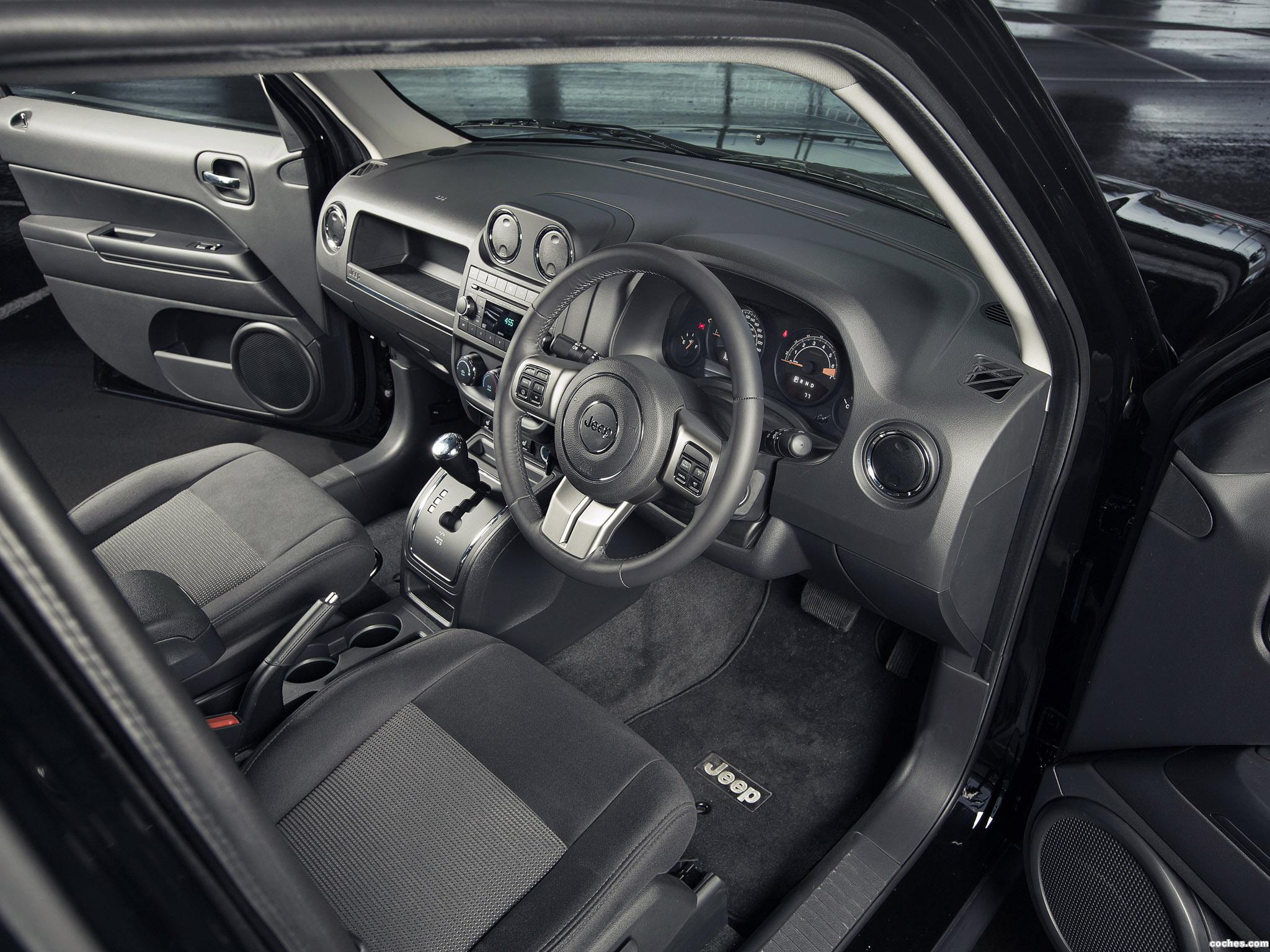 Foto 14 de Jeep Patriot Blackhawk 2015