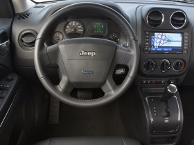 Ver foto 7 de Jeep Patriot EV Concept 2009