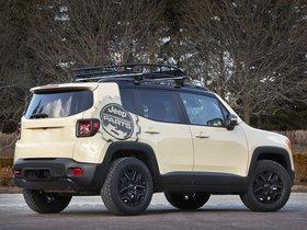 Ver foto 2 de Jeep Renegade Desert Hawk Concept 2015