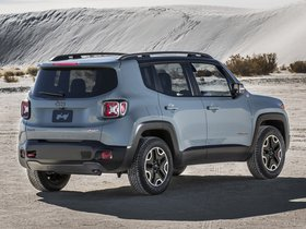 Ver foto 2 de Jeep Renegade Trailhawk 2014