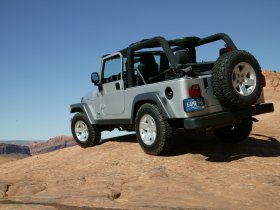 Ver foto 8 de Jeep Wrangler 2005