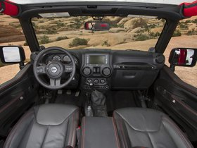 Ver foto 6 de Jeep Wrangler Level Red Concept 2014
