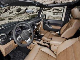 Ver foto 22 de Jeep Wrangler Mojave 2011