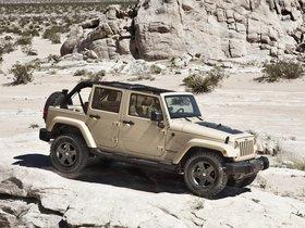 Ver foto 5 de Jeep Wrangler Mojave 2011