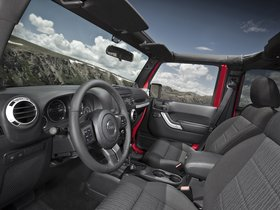 Ver foto 4 de Jeep Wrangler Unlimited Rubicon 2010