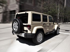 Ver foto 8 de Jeep Wrangler Sahara Unlimited 2010
