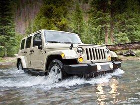 Ver foto 2 de Jeep Wrangler Sahara Unlimited 2010