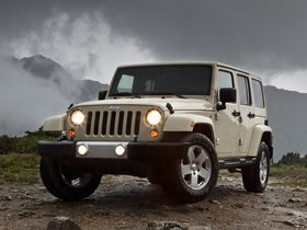 Fotos de Jeep Wrangler Sahara Unlimited 2010
