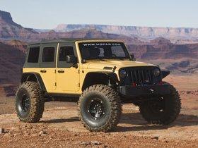 Ver foto 1 de Jeep Wrangler Sand Trooper II Concept 2013