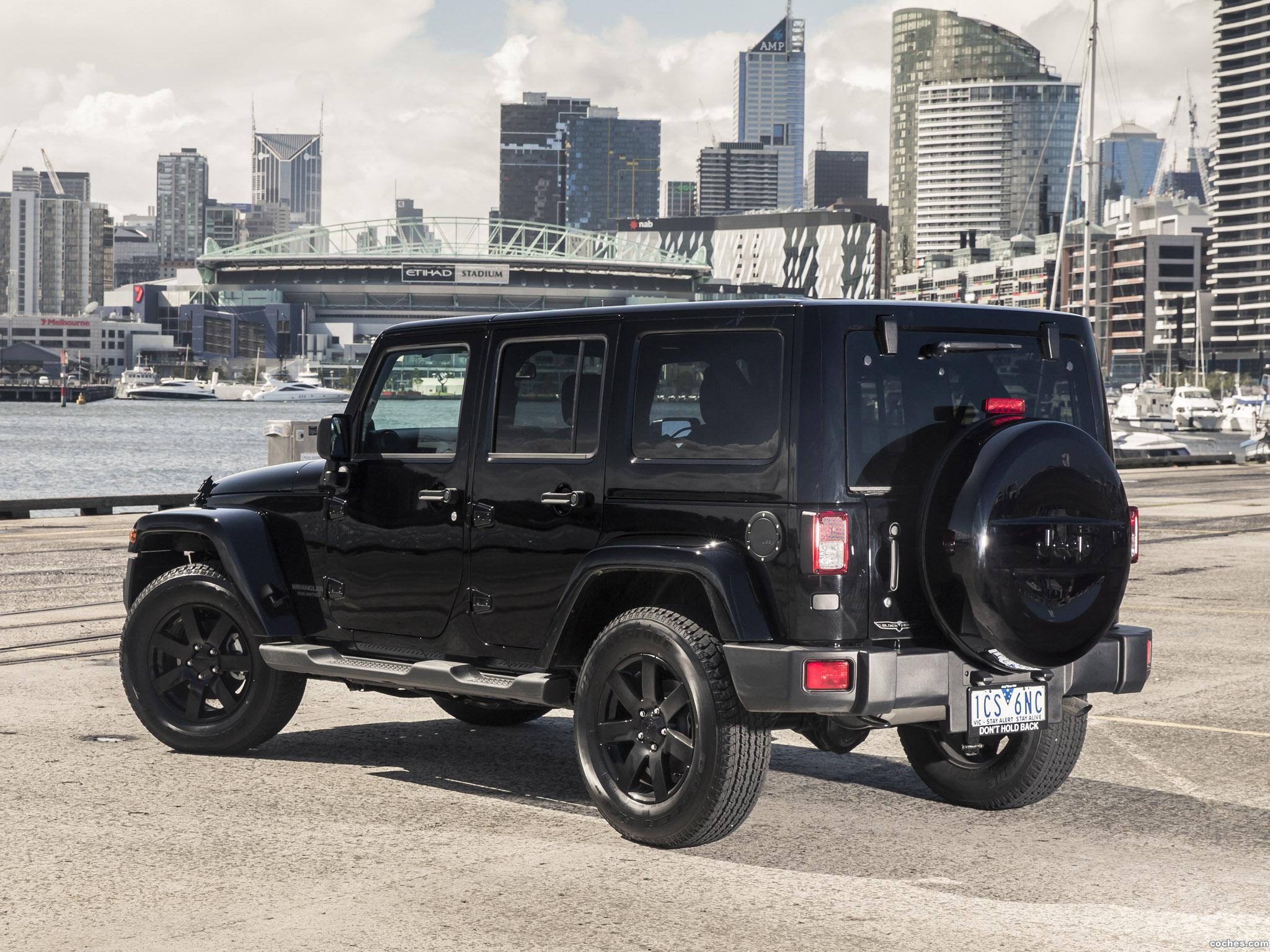 Foto 1 de Jeep Wrangler Unlimited Blackhawk 2015