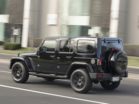 Ver foto 3 de Jeep Wrangler Unlimited Blackhawk 2015