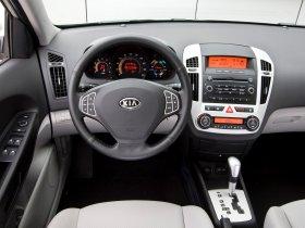 Ver foto 11 de Kia Ceed Hybrid 2008