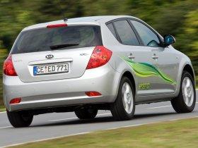 Ver foto 5 de Kia Ceed Hybrid 2008