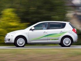 Ver foto 4 de Kia Ceed Hybrid 2008