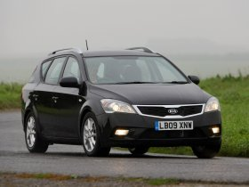 Ver foto 4 de Kia Ceed Sporty Wagon UK 2009