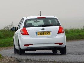 Ver foto 8 de Kia Ceed UK 2009