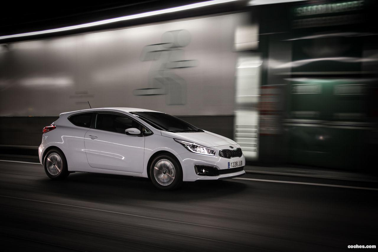 Foto 16 de Kia Ceed GT Line 2015