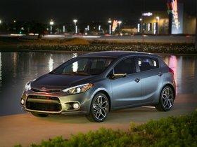 Ver foto 2 de Kia kia Forte 5 puertas 2013