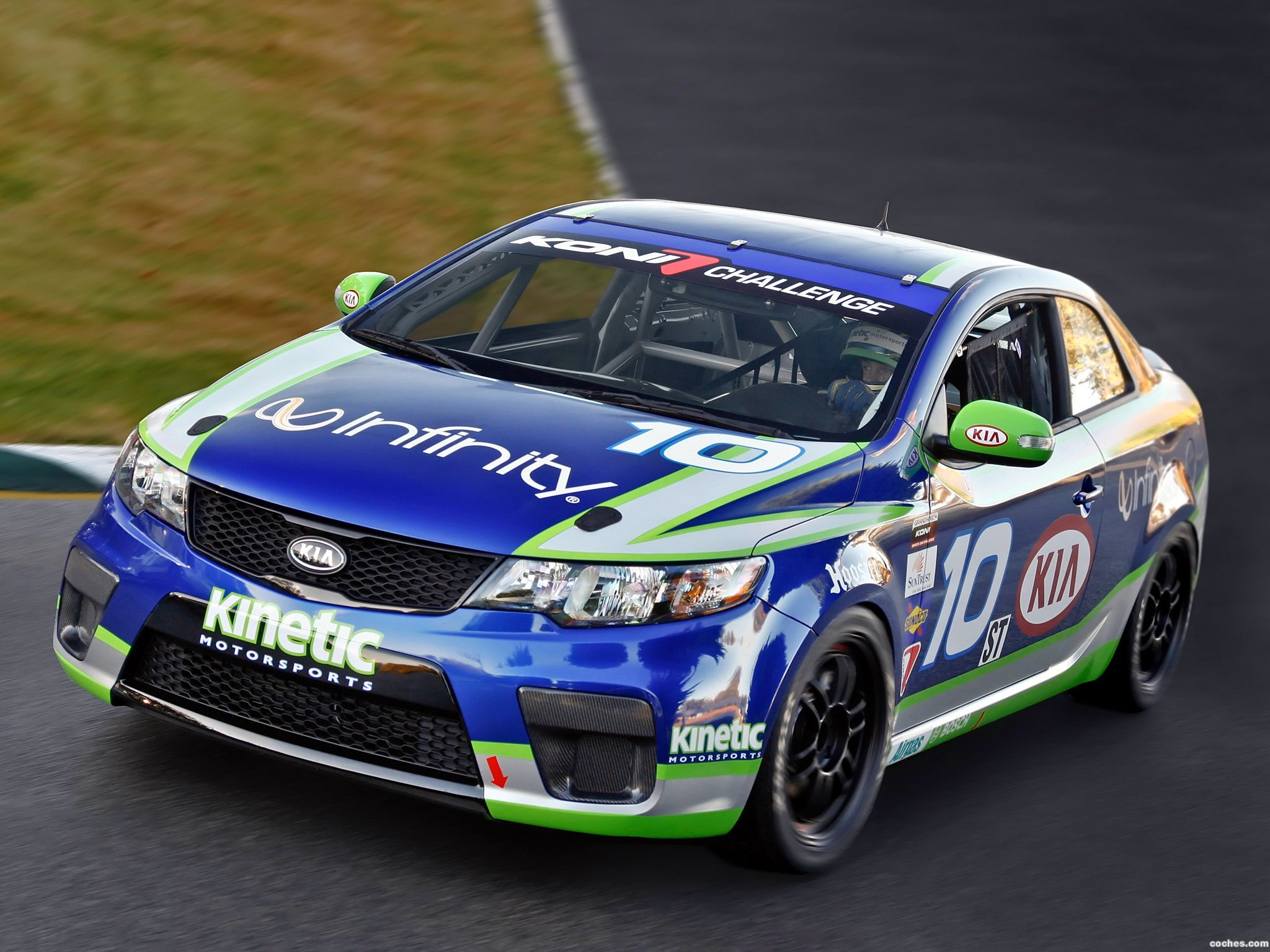 Foto 0 de Kia Forte Koup GRAND-AM Race Car 2010