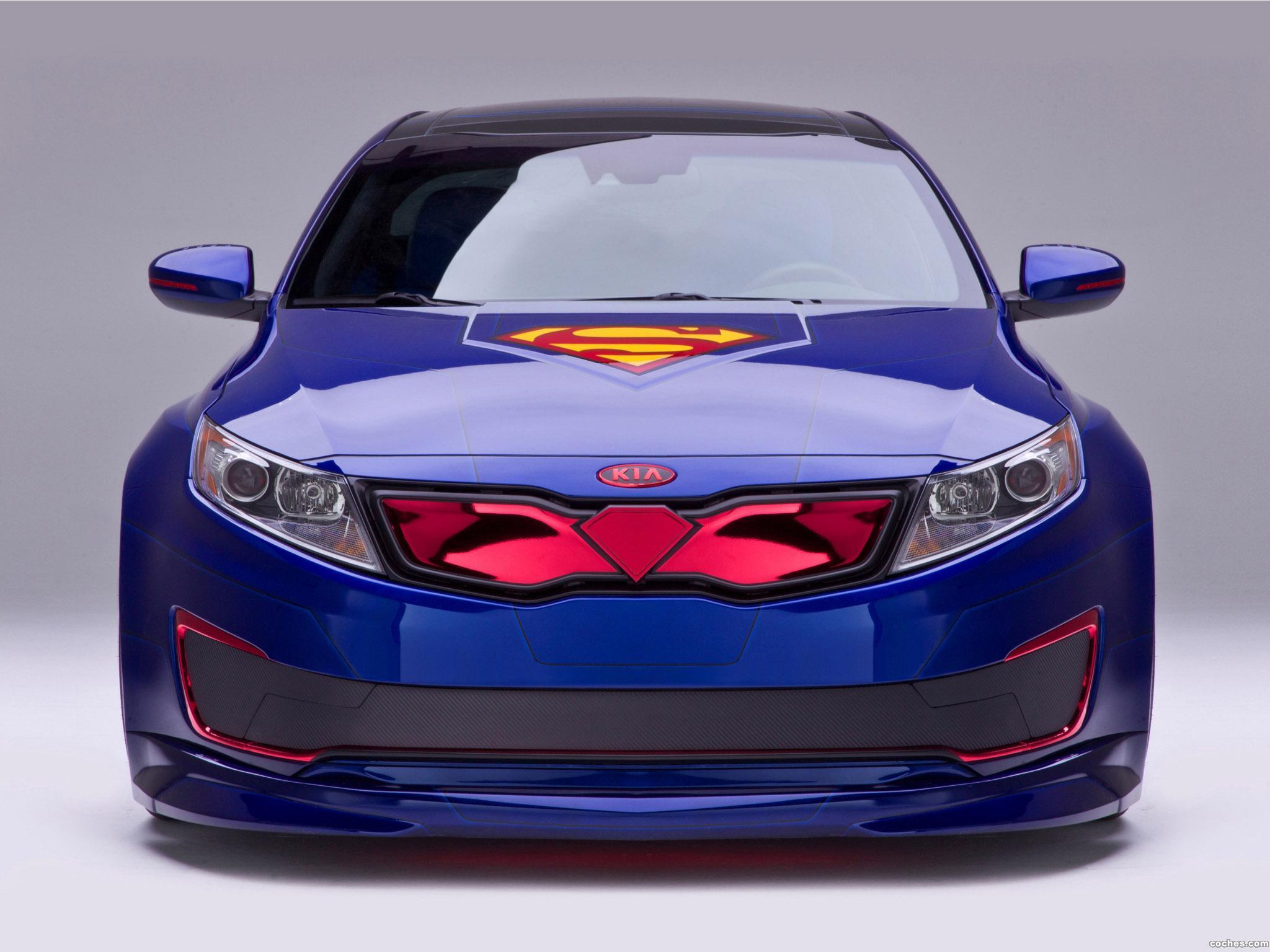 Foto 0 de Kia Optima Hybrid Inspired by Superman 2013