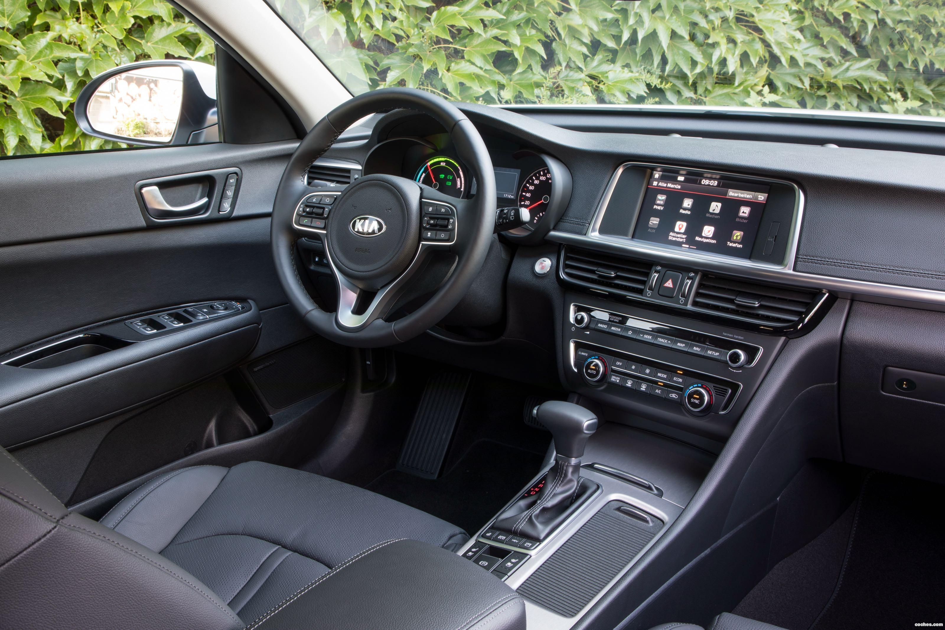 Foto 18 de Kia Optima Sportswagon Plug-In Hybrid 2017