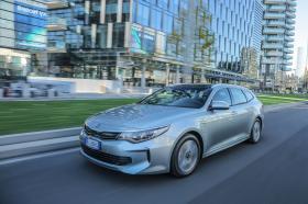 Ver foto 4 de Kia Optima Sportswagon Plug-In Hybrid 2017