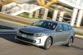 Ver foto 38 de Kia Optima Sportswagon Plug-In Hybrid 2017