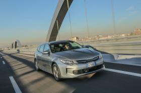 Ver foto 35 de Kia Optima Sportswagon Plug-In Hybrid 2017