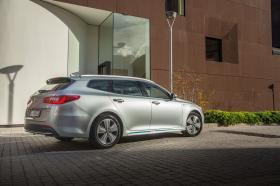 Ver foto 10 de Kia Optima Sportswagon Plug-In Hybrid 2017