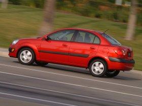 Ver foto 5 de Kia Rio Sedan 2006