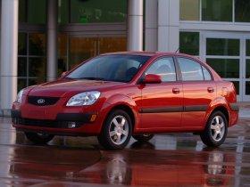 Fotos de Kia Rio Sedan 2006