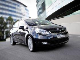 Ver foto 10 de Kia Rio Sedan 2011