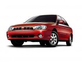 Ver foto 5 de Kia Sephia 2001