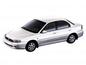 Ver foto 4 de Kia Sephia 2001