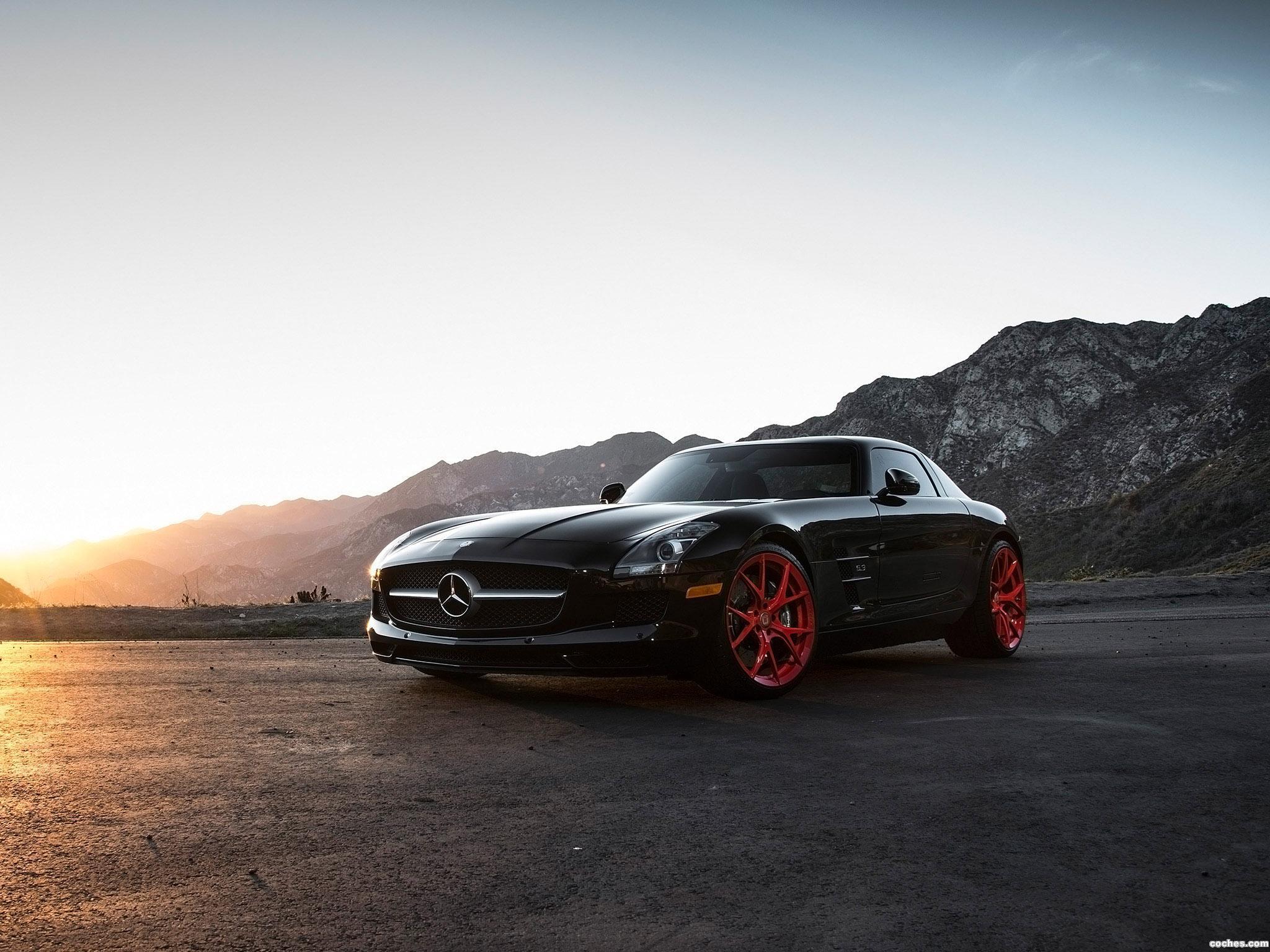 Foto 0 de Klassen-ID Mercedes AMG SLS 2015