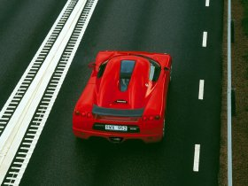 Ver foto 8 de Koenigsegg CC8S 2002