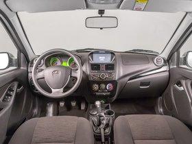 Ver foto 13 de Lada Kalina Hatchback 2192  2013