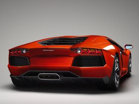 Ver foto 13 de Lamborghini LP700-4 2011
