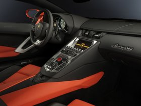 Ver foto 10 de Lamborghini LP700-4 2011