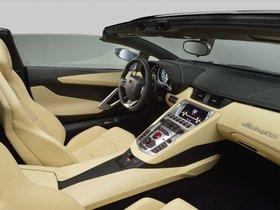 Ver foto 26 de Lamborghini Aventador LP700-4 Roadster 2013