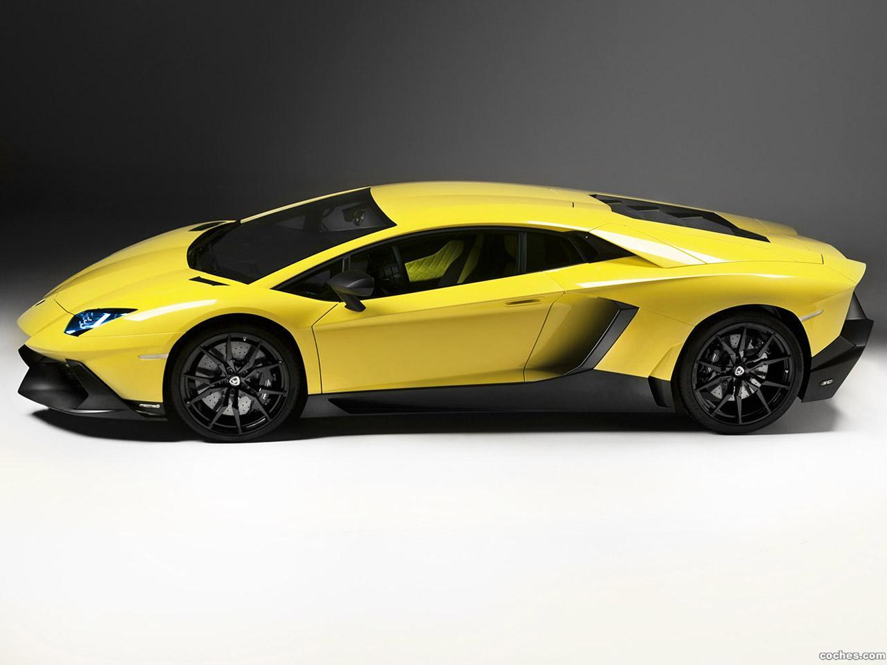 Foto 2 de Lamborghini Aventador LP720-4 50 Anniversario Edition 2013