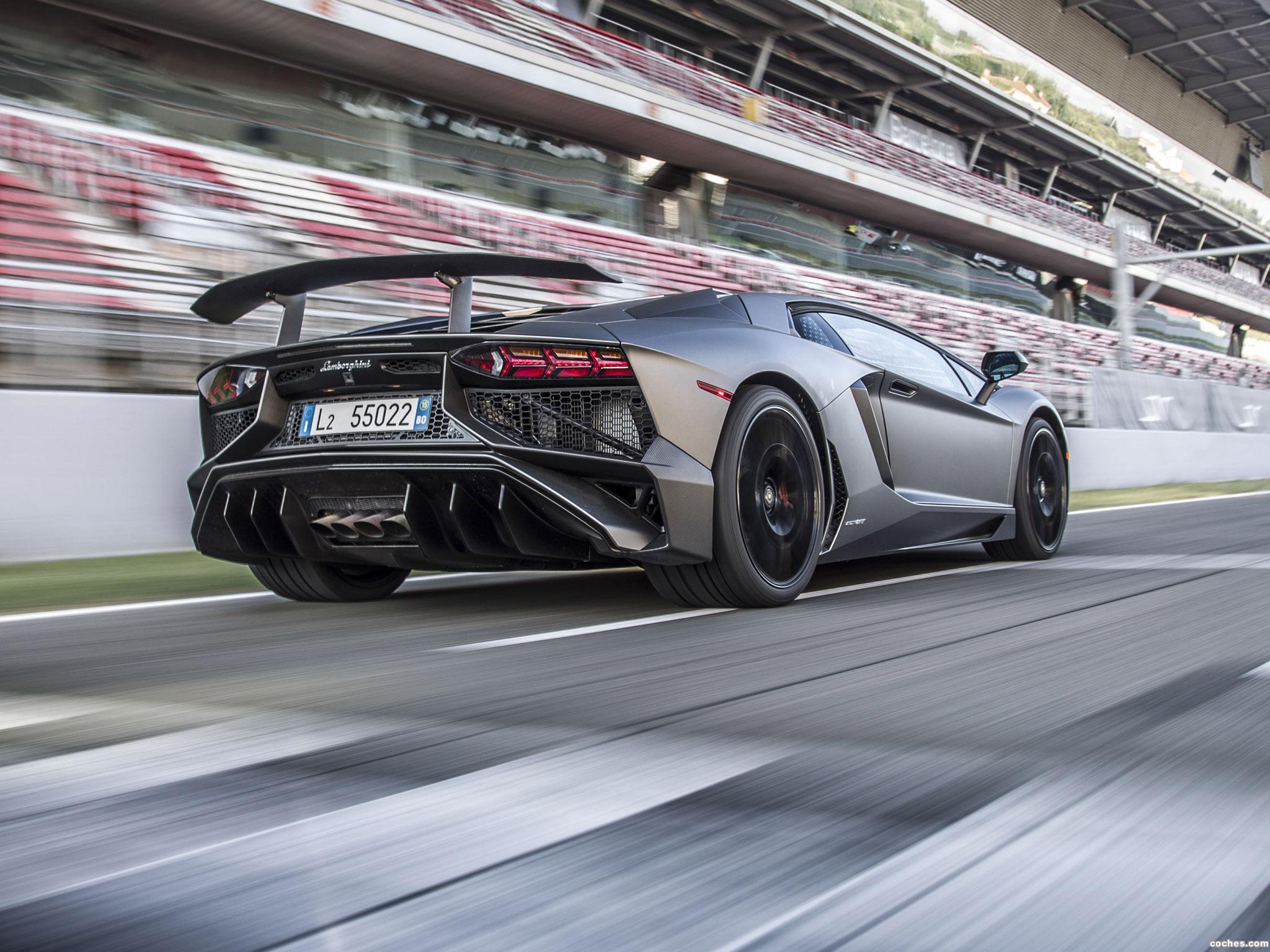 Foto 9 de Lamborghini Aventador LP750-4 Superveloce USA 2015