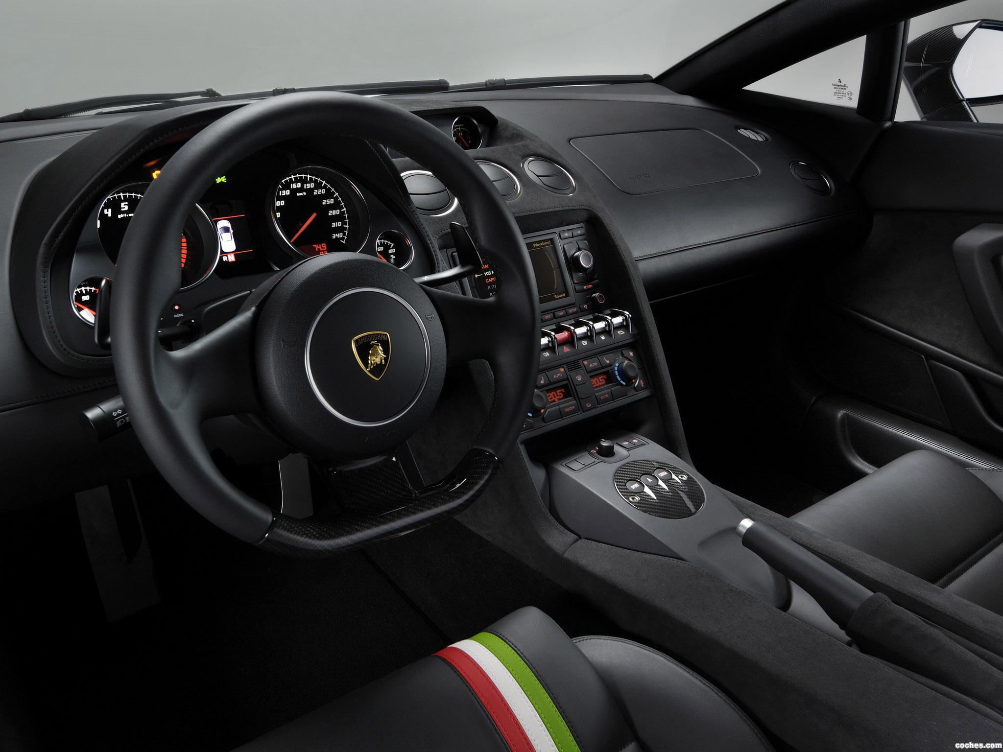 Foto 7 de Lamborghini Gallardo LP550-2 Tricolore 2011