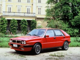 Ver foto 3 de Lancia Delta HF Integrale 1986