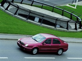 Ver foto 14 de Lancia Lybra 1999