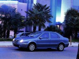 Ver foto 13 de Lancia Lybra 1999